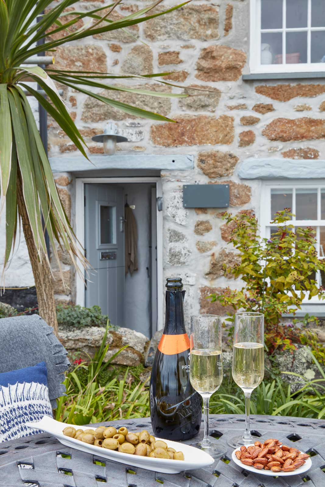 luxury holiday cottage in mousehole cornwall lunch
