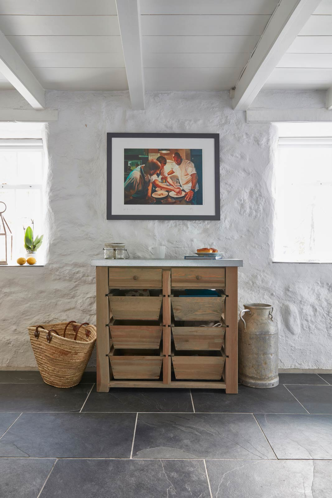 luxury cottage in mousehole has beautiful kitchen